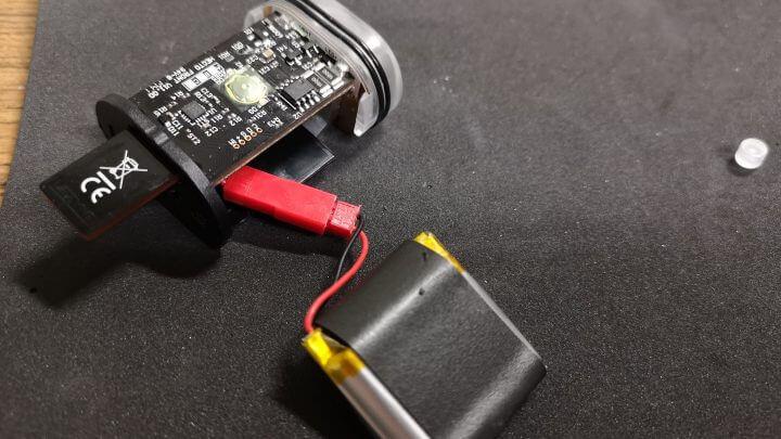自転車用 充電式ライト lezyne hecto drive 400xl の分解および修理方法