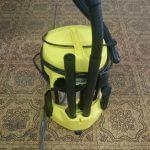 ガレージ掃除でつかえる! 室内、屋外どっちもOKな乾湿両用式業務用掃除機 ケルヒャーWD3 を手に入れたよ