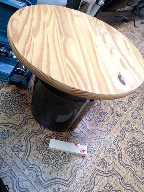 ガレージ用テーブルDIY 三分でできる安くておしゃれなローテーブル